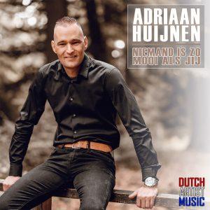Adriaan Huijnen - HOES SOCIAL MEDIA